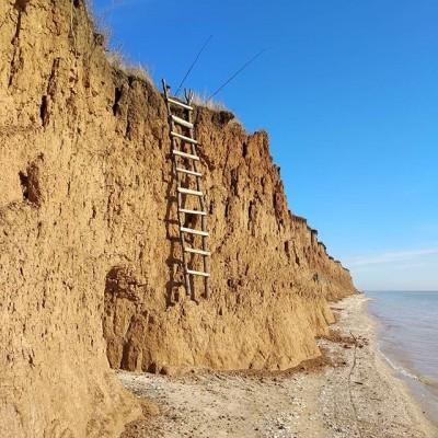 Азовское море)